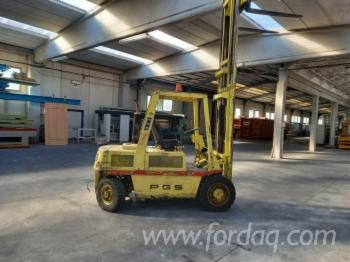 Forklift--PGS