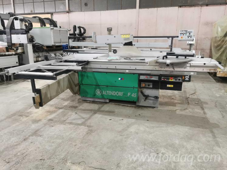Used-Format-Sliding-Table-Saw-with-Scoring-Altendorf