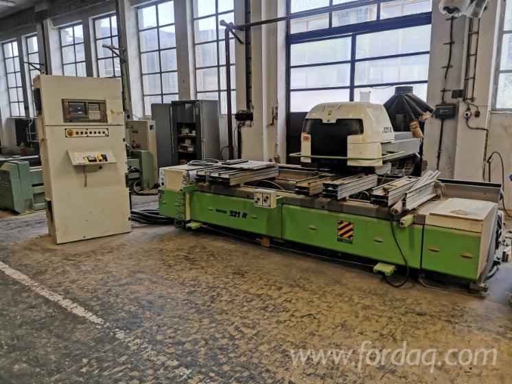 CNC-Bearbeitungszentrum-Biesse-Rover