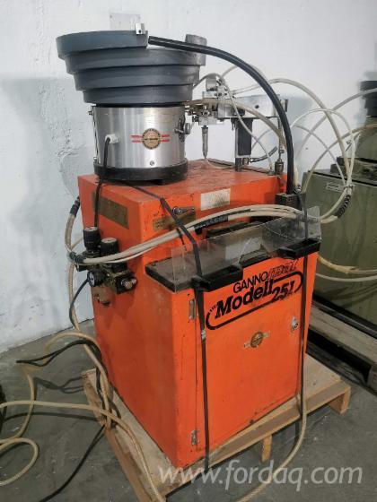 Dowel-Inserting-Machine-Gannomat-Modell