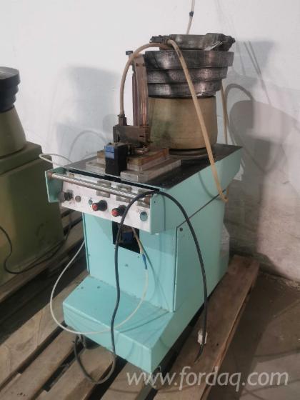 Dowel-Inserting-Machine-Cerisola-Savona