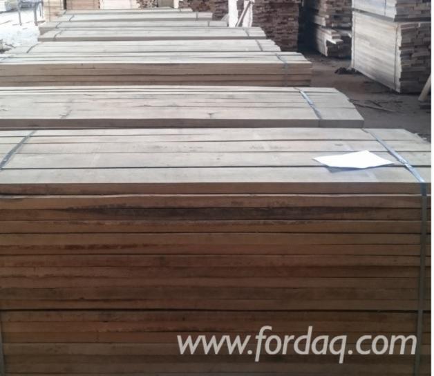 Unedged-Oak-Boards