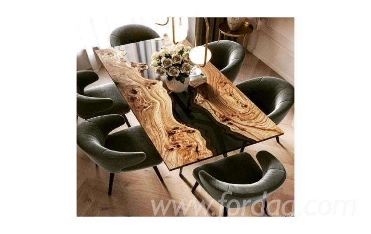 Black-Poplar-Walnut-Table-with-Epoxy