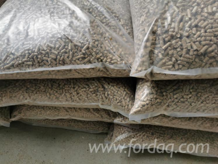 Wood-Fuel-Pellets--Polypropylene-Bag