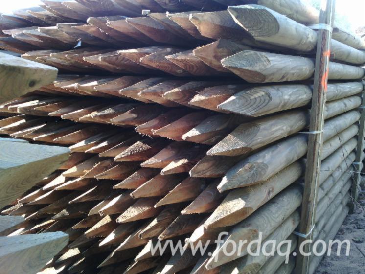 Comprar-Madeira-Redonda-Aparada-De-Forma-Cil%C3%ADndrica-Pinus---Sequ%C3%B3ia-Vermelha