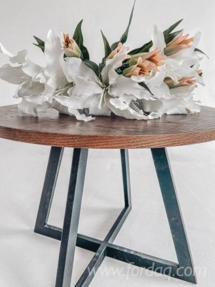 Coffee-Round-Table-with-Metal-Understand