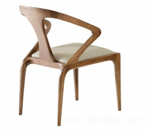 Wood-Chair-with-Leather