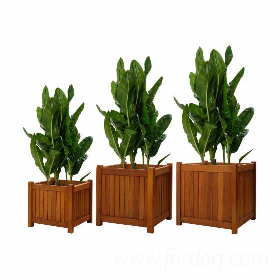 Wooden-Garden-Planters-Set---3