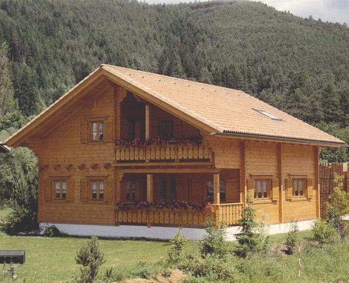 Case legno romania prezzi case di legno tutte le for Casa in legno romania
