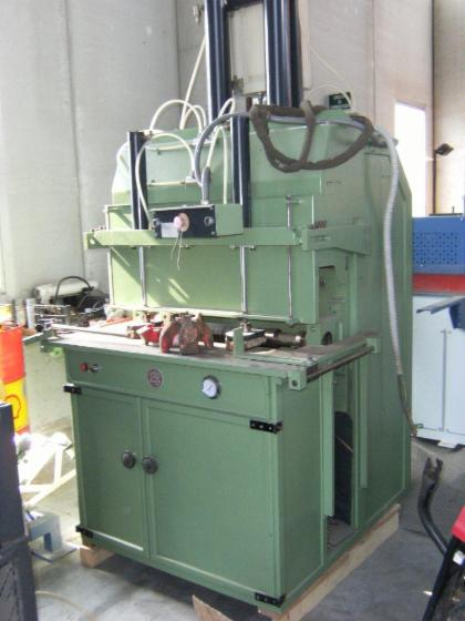 Used Bartesaghi 2be250 + 2be600 Dovetailing Machine For Sale Italy