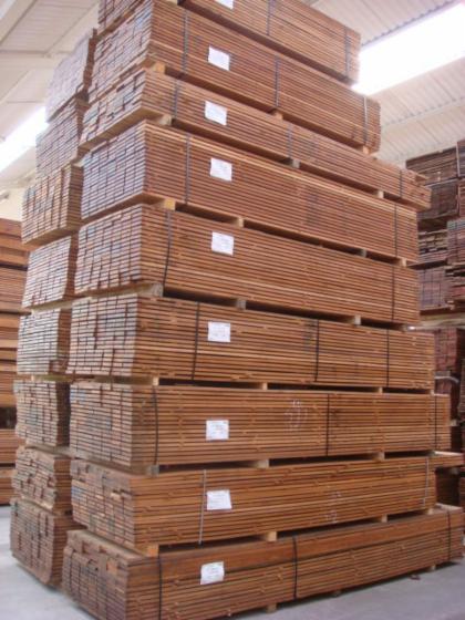 Vindem-Cherestea-Tivit%C4%83-Bangkirai-21-205-mm
