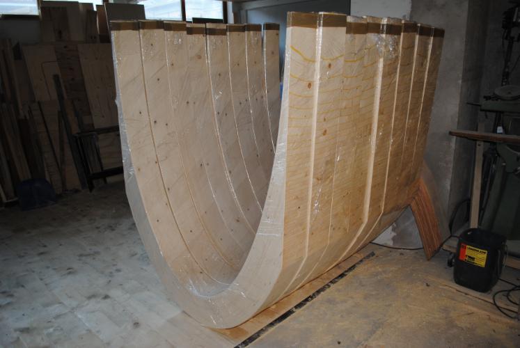 Madera laminada – vigas moldeadas / curvadas, vari tipi