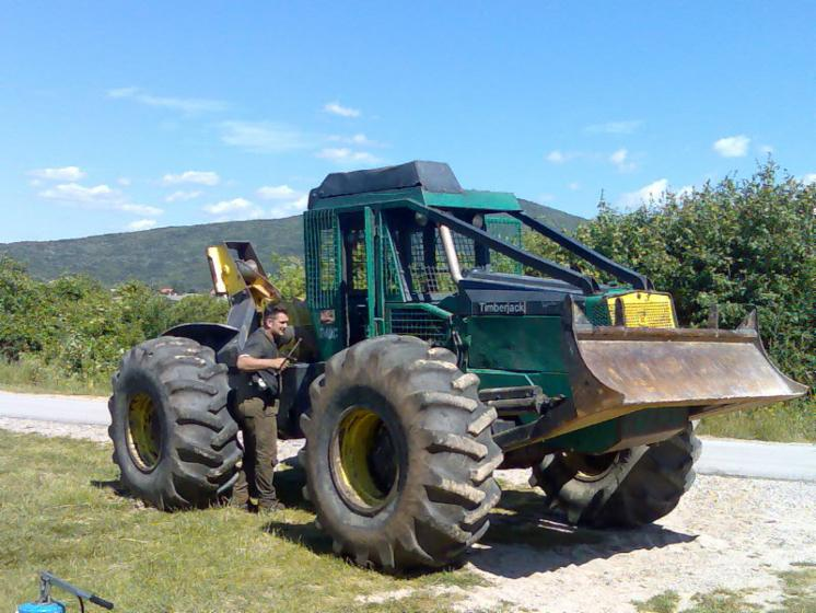 Used TIMBERJACK 240 C 2002 Forest Tractor For Sale Croatia