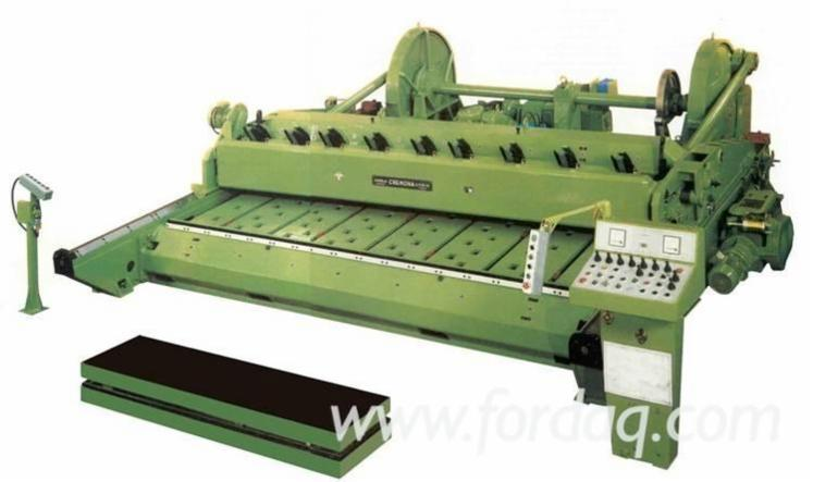 Used-Angelo-Cremona-S-p-A--TN-4000-Veneer-Slicer-in
