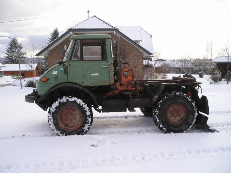 tracteur forestier unimog