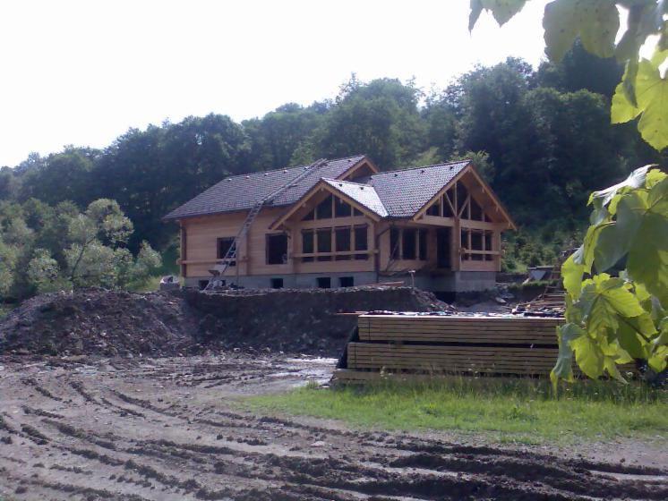 Casa di tronchi squadrati white fir for Case di tronchi ranch