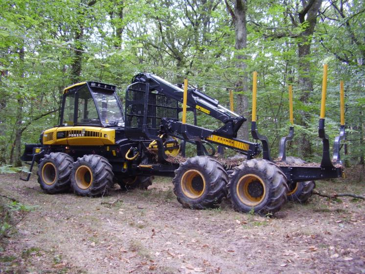 Used PONSE WISENT 2006 Forwarder France