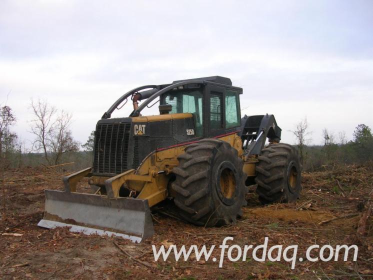 Used-Caterpillar-525B-2004-Skidder-in