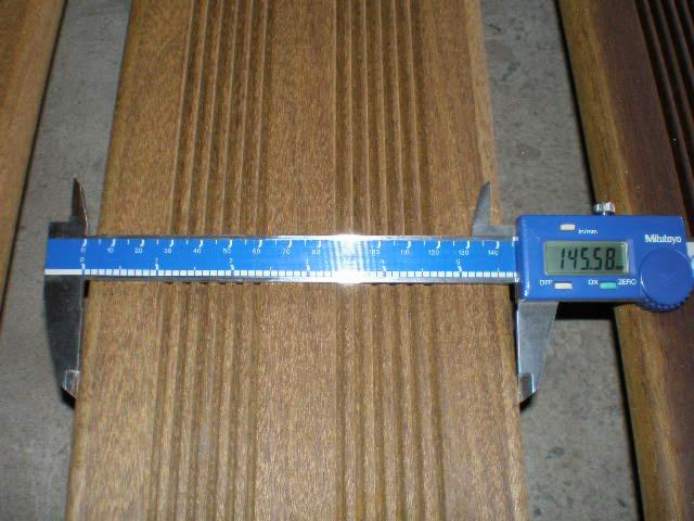 Ipe--Exterior-Decking-Anti-Slip-Decking-%281-Side%29-from-Brazil