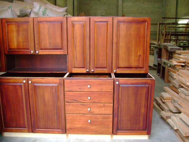 Gabinetes de cocina dise o 1 0 1000 0 piezas for Estilo de gabinete de cocina