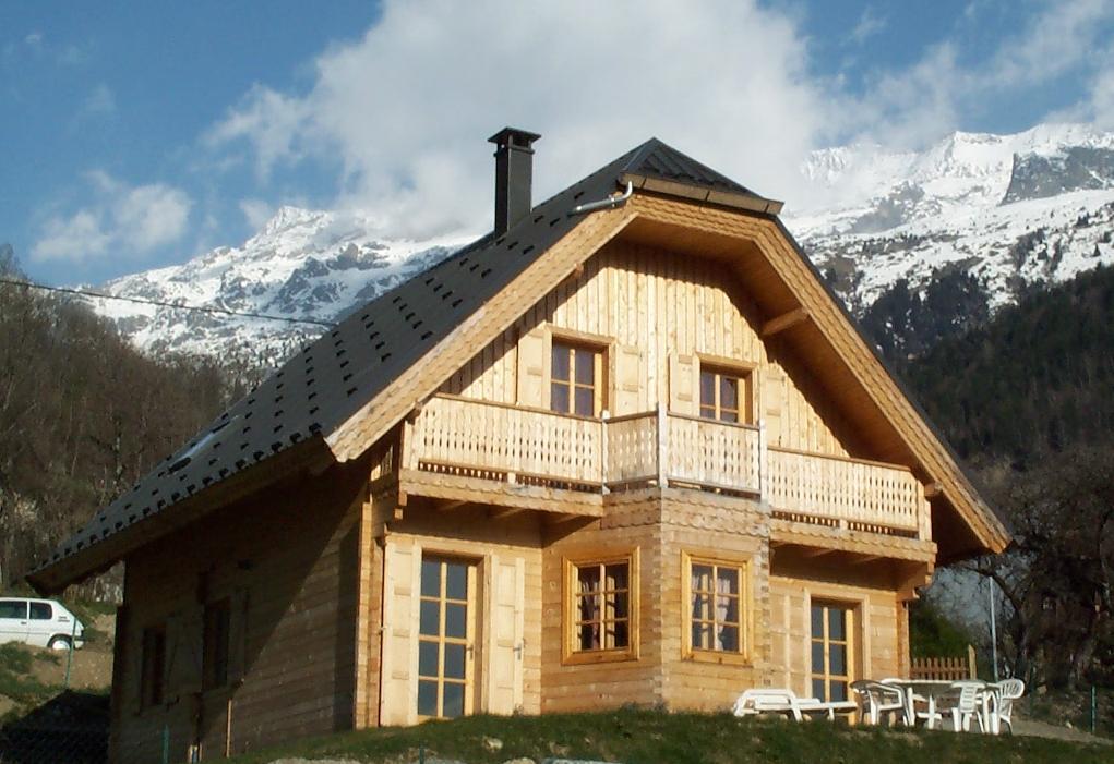 Casa con struttura in legno abete picea abies legni for Case in legno polonia