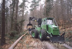 New----NF-140-Articulated-Skidder-in