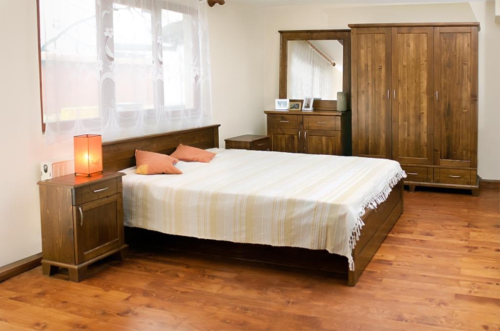 Ensemble pour chambre coucher traditionnel 40 0 50 0 for Chambre a coucher ensemble
