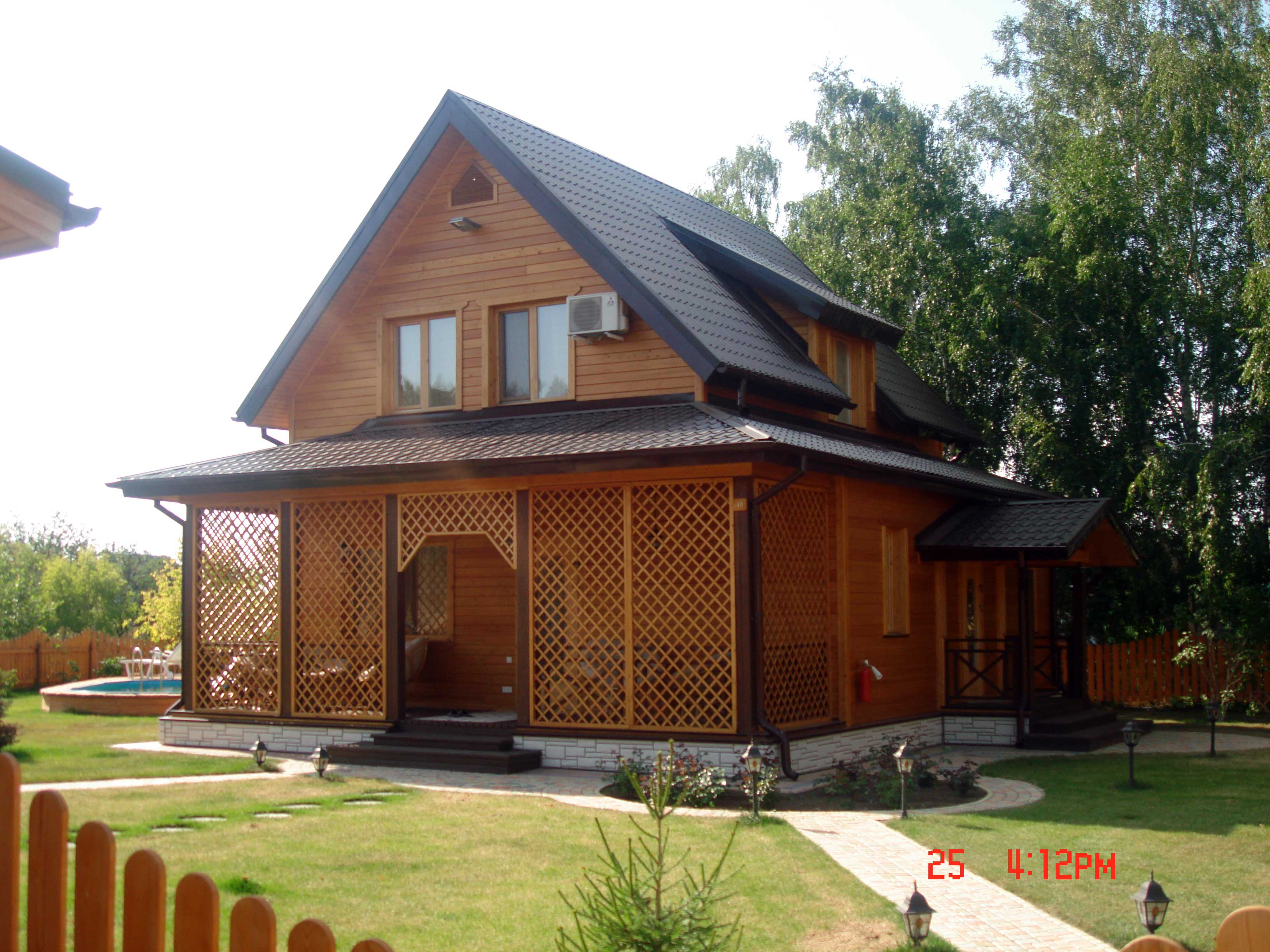 Casa de troncos escuadrados pino silvestre pinus - Casas de madera de pino ...