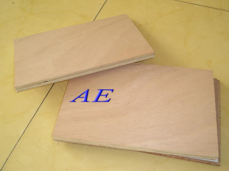 Okoume-plywood-with-poplar-inner