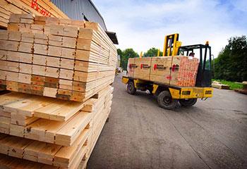 Molduras--madeira-perfilada